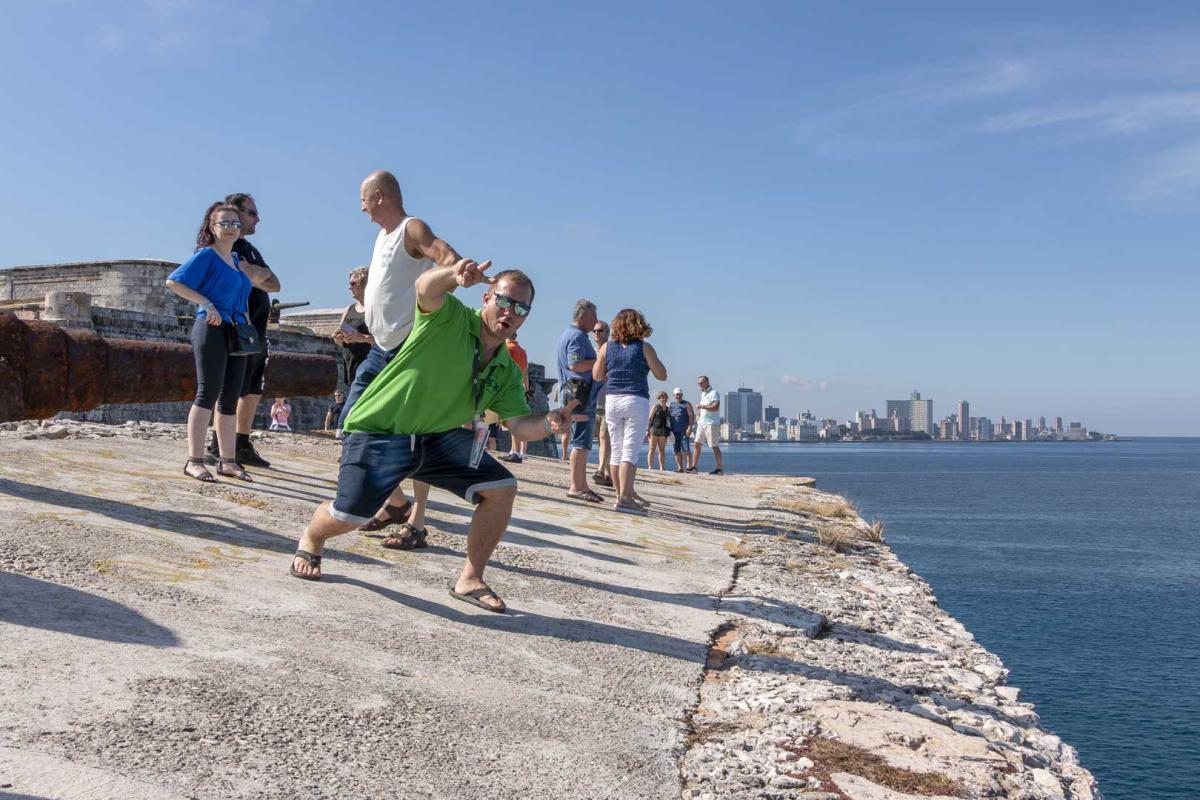 Photo Shoot Tour, clients, professional photos in Cuba, havanphotographyservice (11).jpg