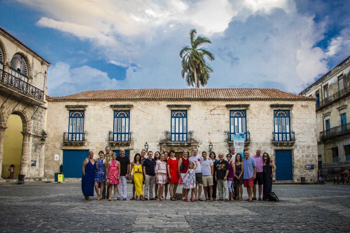 Photo Shoot Tour, clients, professional photos in Cuba, havanphotographyservice (19).jpg