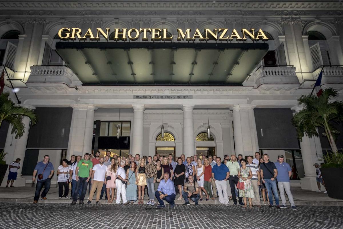 Photo Shoot Tour, clients, professional photos in Cuba, havanphotographyservice (20).jpg