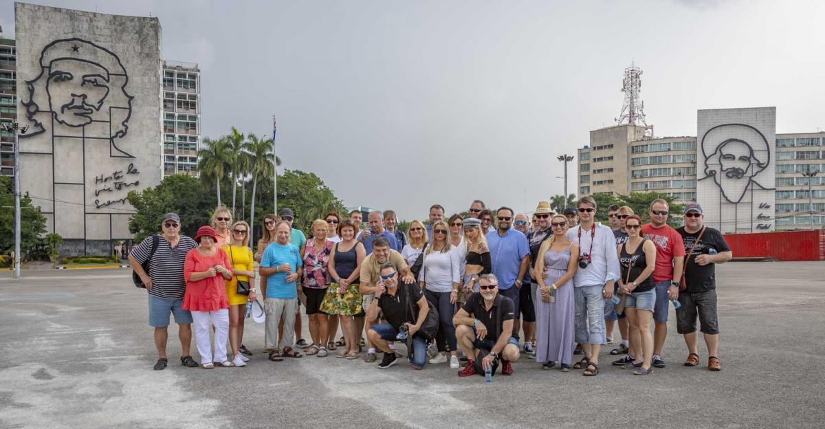 Photo Shoot Tour, clients, professional photos in Cuba, havanphotographyservice (26).jpg