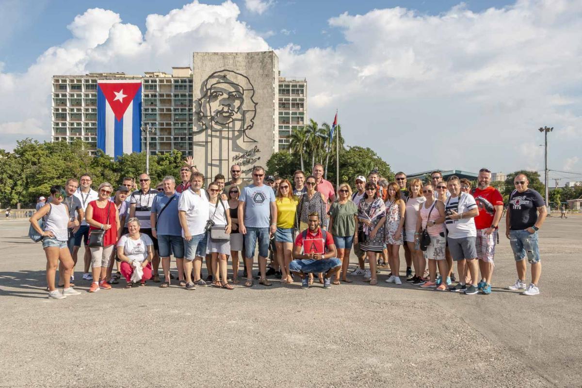 Photo Shoot Tour, clients, professional photos in Cuba, havanphotographyservice (30).jpg