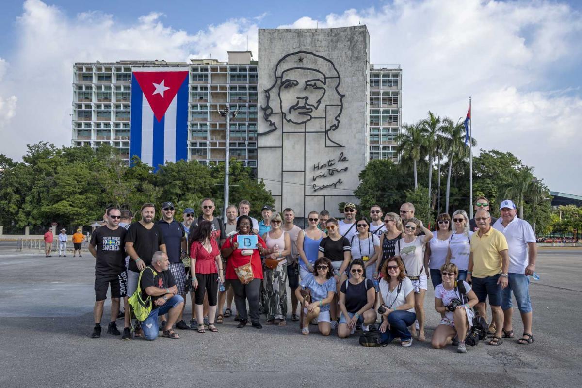 Photo Shoot Tour, clients, professional photos in Cuba, havanphotographyservice (31).jpg