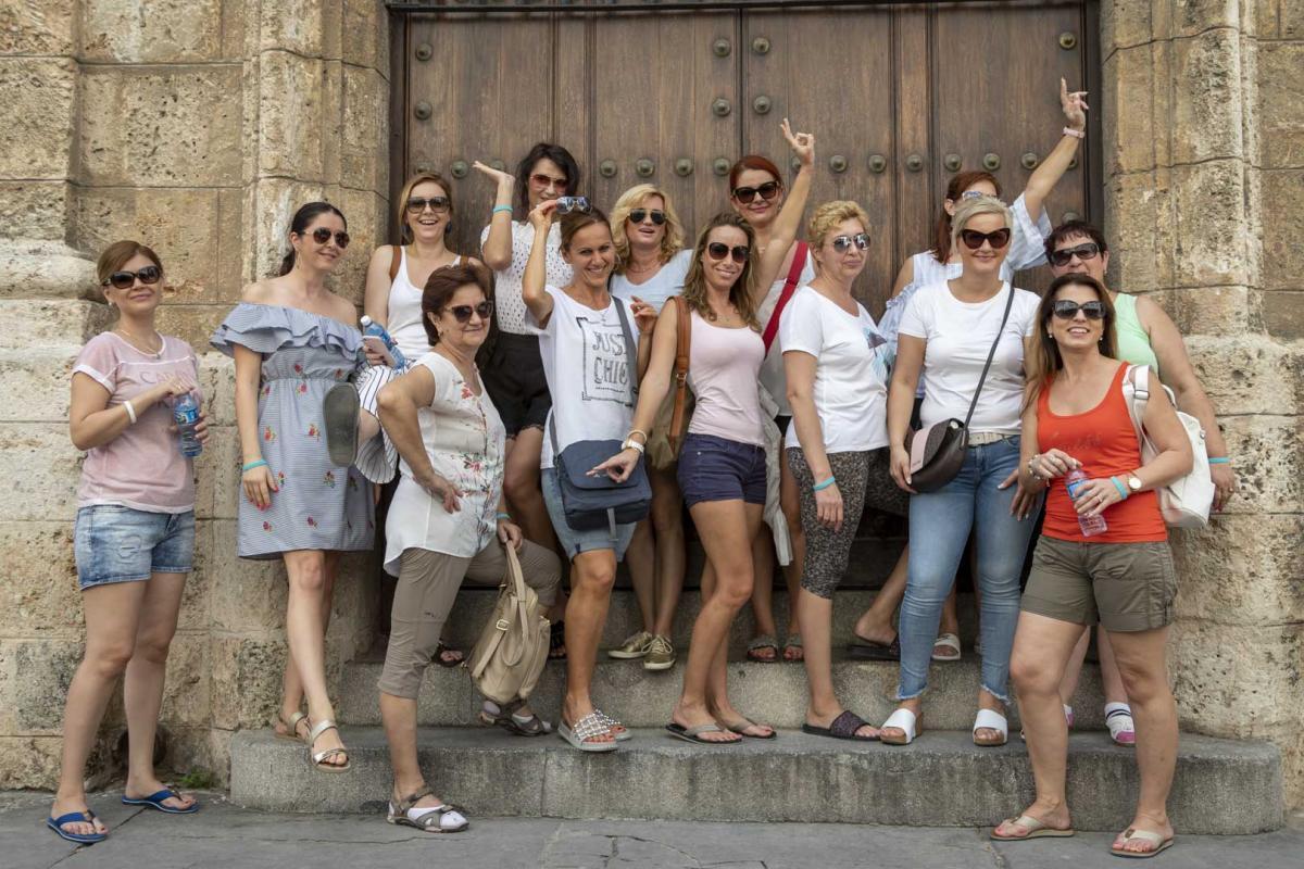 Photo Shoot Tour, clients, professional photos in Cuba, havanphotographyservice (34).jpg