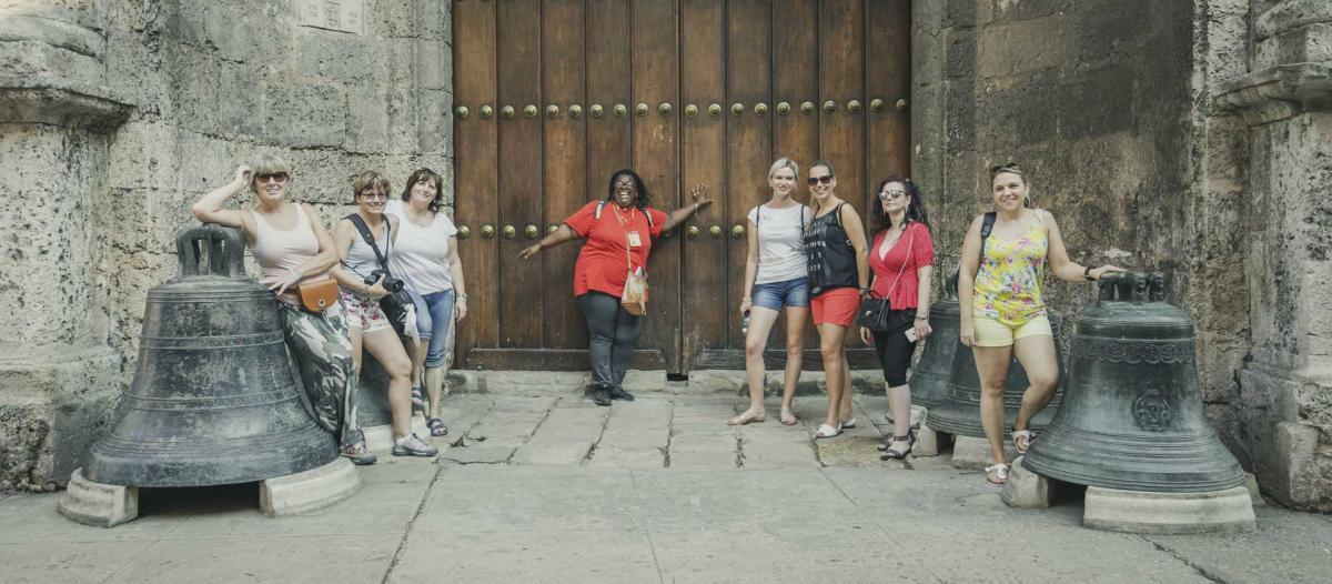 Photo Shoot Tour, clients, professional photos in Cuba, havanphotographyservice (42).jpg