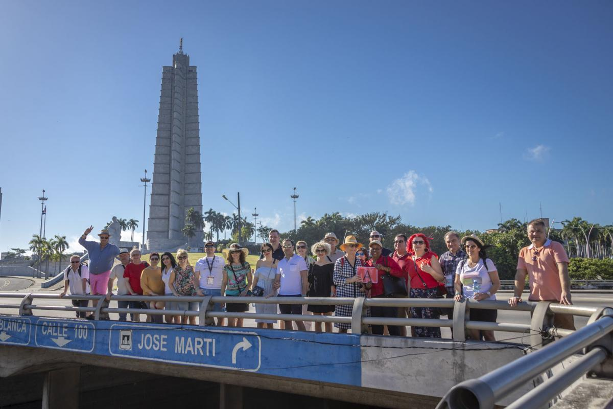 Photo Shoot Tour, clients, professional photos in Cuba, havanphotographyservice (48).jpg