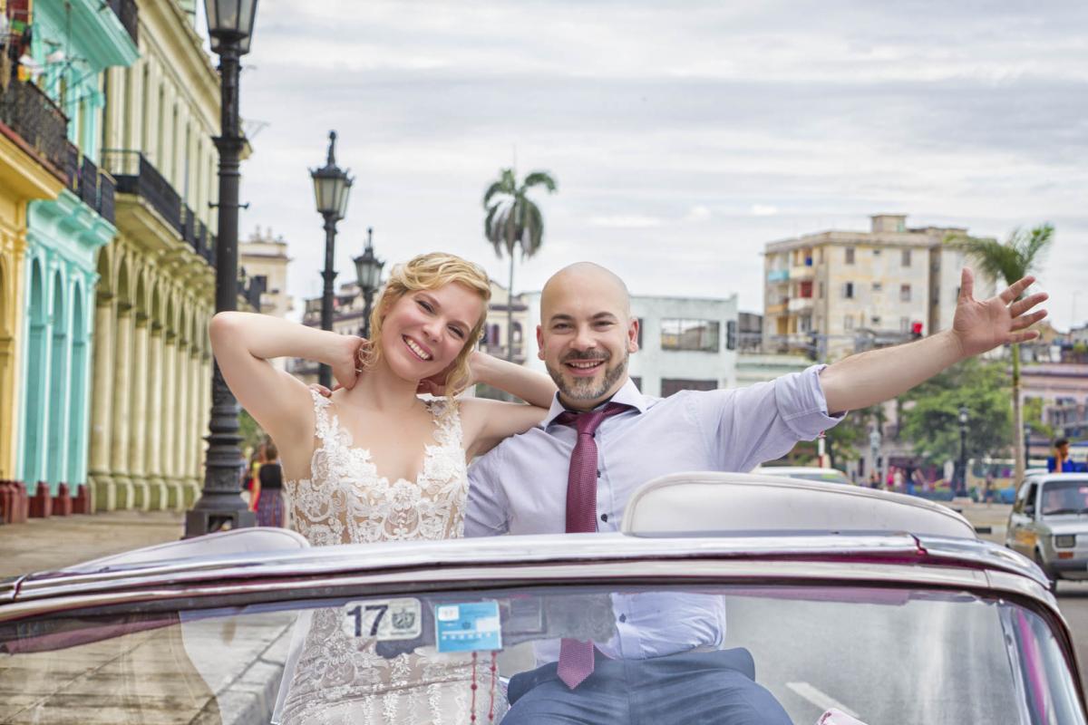 Photography of honeymoons, wedding anniversary and weddings (1) (1)