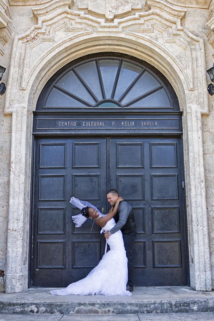 Photography of honeymoons, wedding anniversary and weddings (110)