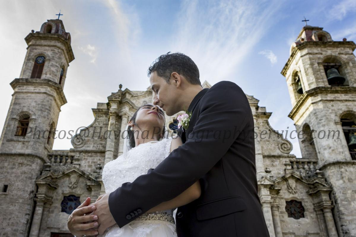 Photography of honeymoons, wedding anniversary and weddings (117) (1)