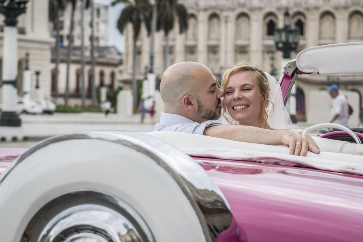 Photography of honeymoons, wedding anniversary and weddings (35)