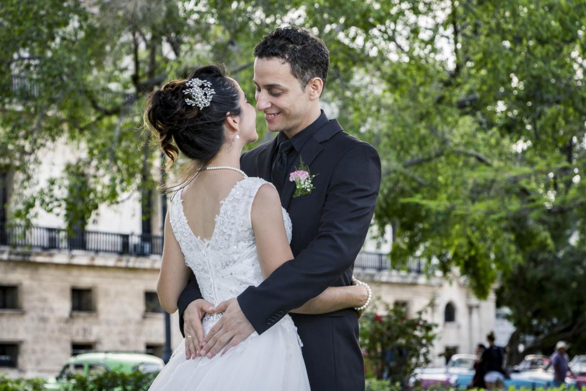 Photography of honeymoons, wedding anniversary and weddings (41)