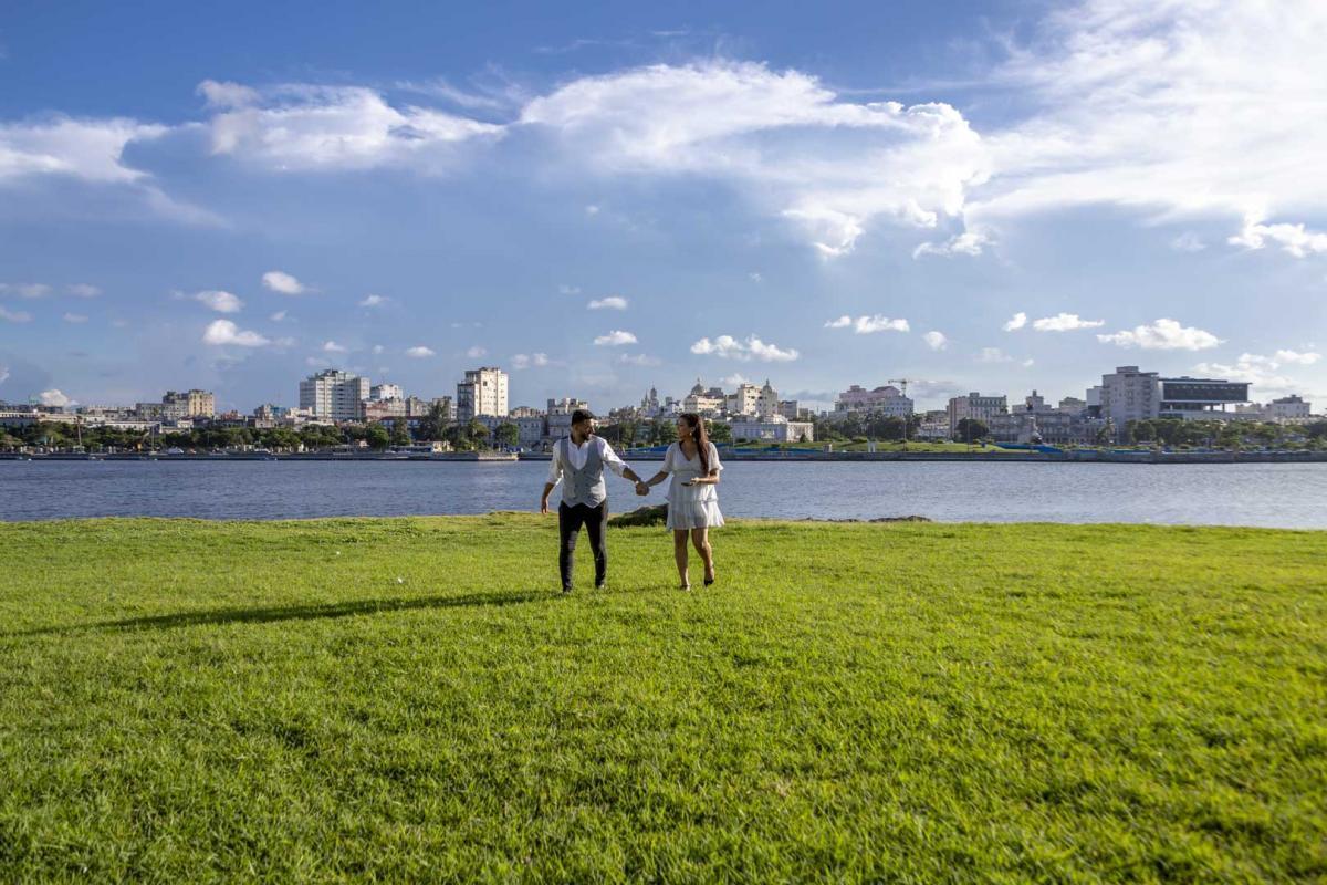 Photography of honeymoons, wedding anniversary and weddings (53)
