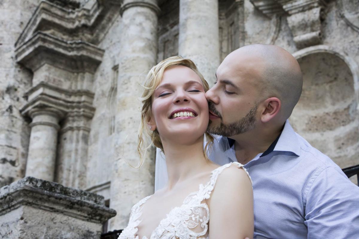 Photography of honeymoons, wedding anniversary and weddings (83)