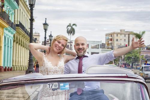 Photography of honeymoons, wedding anniversary and weddings (1)