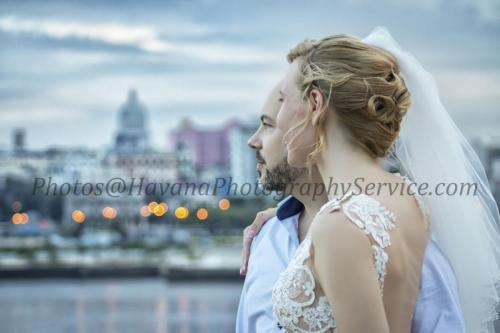 Photography of honeymoons, wedding anniversary and weddings (101)