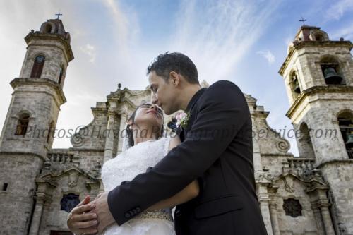Photography of honeymoons, wedding anniversary and weddings (117)